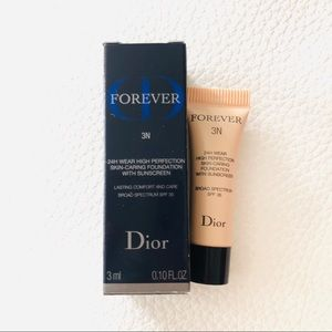 Dior FOREVER Foundation SPF 35 in Shade 3N mini